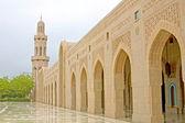 Gran mezquita de sultán qaboos, muscat, omán. — Foto de Stock