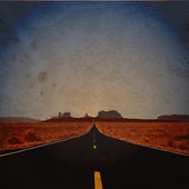 Grunge vector illustration of road. — Stock Vector