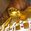 reclining buddha at wat pho — Stock Photo #14016679