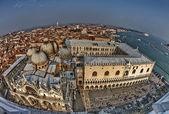 аэрофотоснимок базилика святого метки в венеции, италия — Стоковое фото