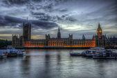 биг-бен и палата общин и палата лордов — Стоковое фото