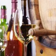 Barrel and bottle of wine — Stock Photo