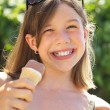 Little girl with ice cream — Stock fotografie