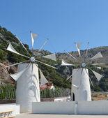 Kretische windmühlen — Stockfoto