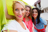Beautiful Women Enjoying Time Spent Together — Stock Photo