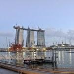 Marina Bay Sands Hotel under construction — Stock Photo
