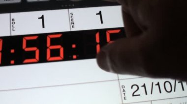 Ciak. Setting digital electronic slate — Stock Video