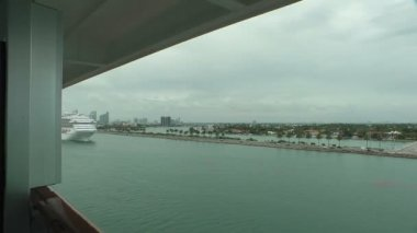Carnival Liberty Ship Cruise entering Miami harbor — Stock Video