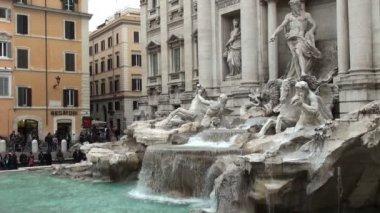 在罗马,意大利的著名特雷维喷泉 — 图库视频影像