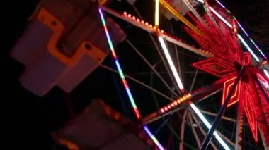 Ferris wheel at night — Stock Video