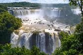 Iguassu wasserfälle in brasilien — Stockfoto