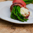Breakfast With Asparagus, Salmon And Double Goat Cheese — Stock Photo