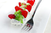 French Goat Cheese With Sliced Strawberries And Chervil — Stock Photo