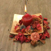 Candle and pot pourri — Stock Photo