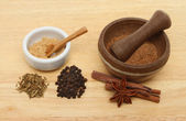 Chinese five spice ingredients — Stock Photo