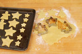 Cookie cutters and shortbread — Stock Photo