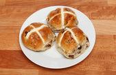 горячие креста булочки — Стоковое фото