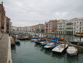 Quiet Water of the Grand Canal on a Cold Winter's Day — Stock Photo