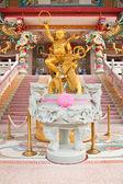Sculpture de kid naja dans un temple chinois, à l'est de la thaïlande — Photo