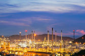 Oil refinery against beautiful sunset — Stock Photo