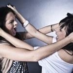 Two girls fighting — Stock Photo