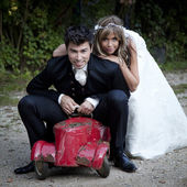 Young wedding couple — Stok fotoğraf