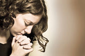 Praying girl — Stockfoto