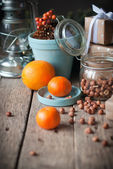 Composition with Tangerines and Filbert — Stock Photo