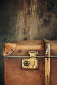 Detail of the lock on an old vintage trunk — Foto Stock