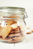 Jar with Hearts Cookies, close up — Zdjęcie stockowe