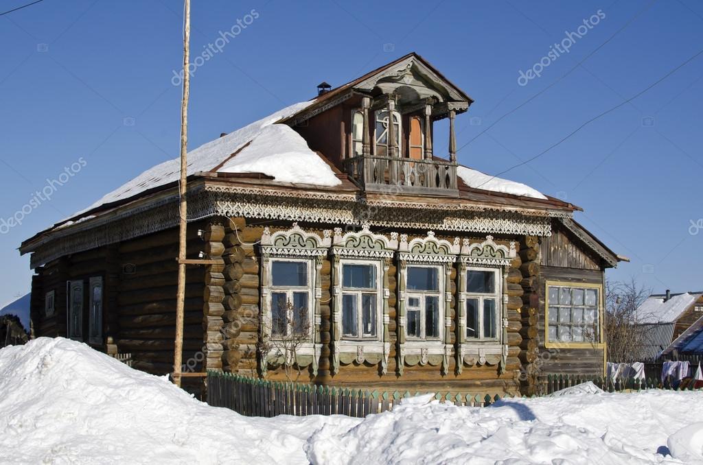 http://st.depositphotos.com/1811961/2206/i/950/depositphotos_22064257-Russian-rustic-wooden-house-of.jpg