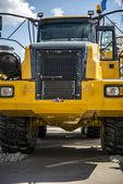 Máquina muito poderosa construção amarela - unidade de tracionamento — Foto Stock