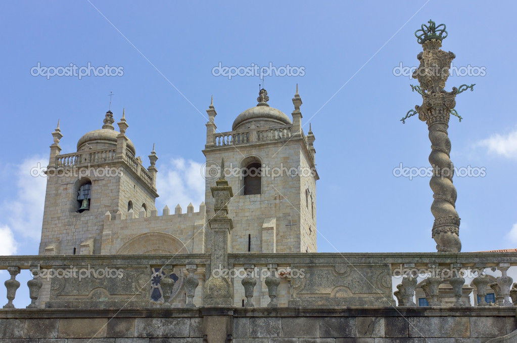 The Porto Cathedral, historical centre of the city of Porto, Portugal — Stock Photo #13891646