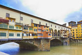 Flornce, Arno River and famous Ponte Vecchio — Stock Photo