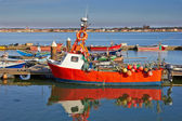 Red Fishing boat — Stock fotografie