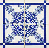 Traditional Portuguese azulejos — Stock Photo