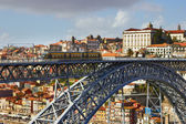 Metro Train on the Bridge Built by Eiffel in Porto — Foto de Stock