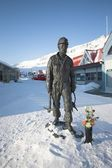 The Arctic city of Longyearbyen - Spitsbergen — Stock Photo