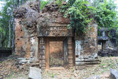 Ancient Ruins In The Jungle, Angkor Wat Cambodia — Stock Photo