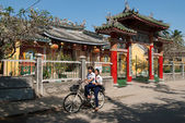 Riding a bicycle in Hoi An, Vietnam — Stock Photo