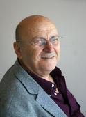 Portrait of an elderly man — Stock Photo