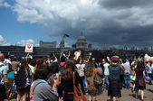Demo by the River Thames — Foto de Stock