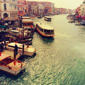 Famous water street - Grand Canal in Venice, Italy — Stock Photo