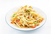 Papaya salad (Som Tam) Thai cuisine spicy delicious on white — Zdjęcie stockowe