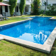 Residence with swimming pool — Stock Photo