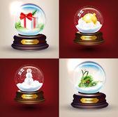 Bola de nieve de cristal de navidad conjunto con bolas, regalos, árbol de la piel y muñeco de nieve — Vector de stock