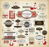 Jul dekoration samling uppsättning kalligrafiska och typografiska element, ramar, vintage etiketter. band, klistermärken, tomte och snögubbe, cartoon rådjur, fåglar, gåvor, träd, pilbågar, kort och grannlåt — Stockvektor