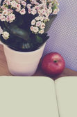 Vintage flowers and apple and blank paper — Stockfoto