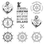 Set of nautical labels, icons and design elements — Stok Vektör