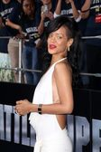 "Rihanna at the ""Battleship"" Los Angeles Premiere — Stock Photo"